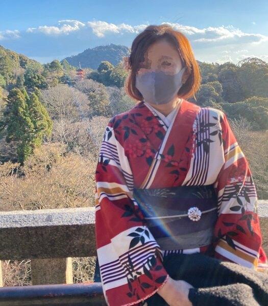 冬の京都、着物レンタルで初詣の防寒対策